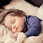 夜型の女性に朗報!お肌のゴールデンタイムは寝つきの良さで決まる!